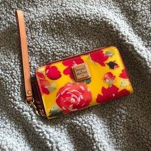 Dooney & Bourke Wallet / Clutch OBO